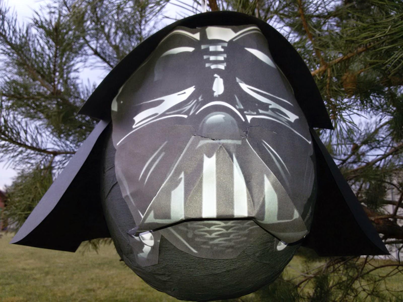 29. Piniata Star Wars Darth Vader - Gwiezdne Wojny