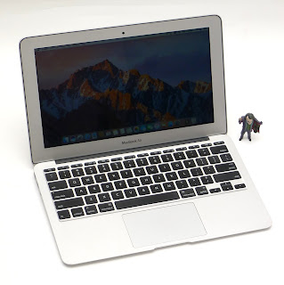 MacBook Air i5 (11.6-inch, Mid-2011) Bekas