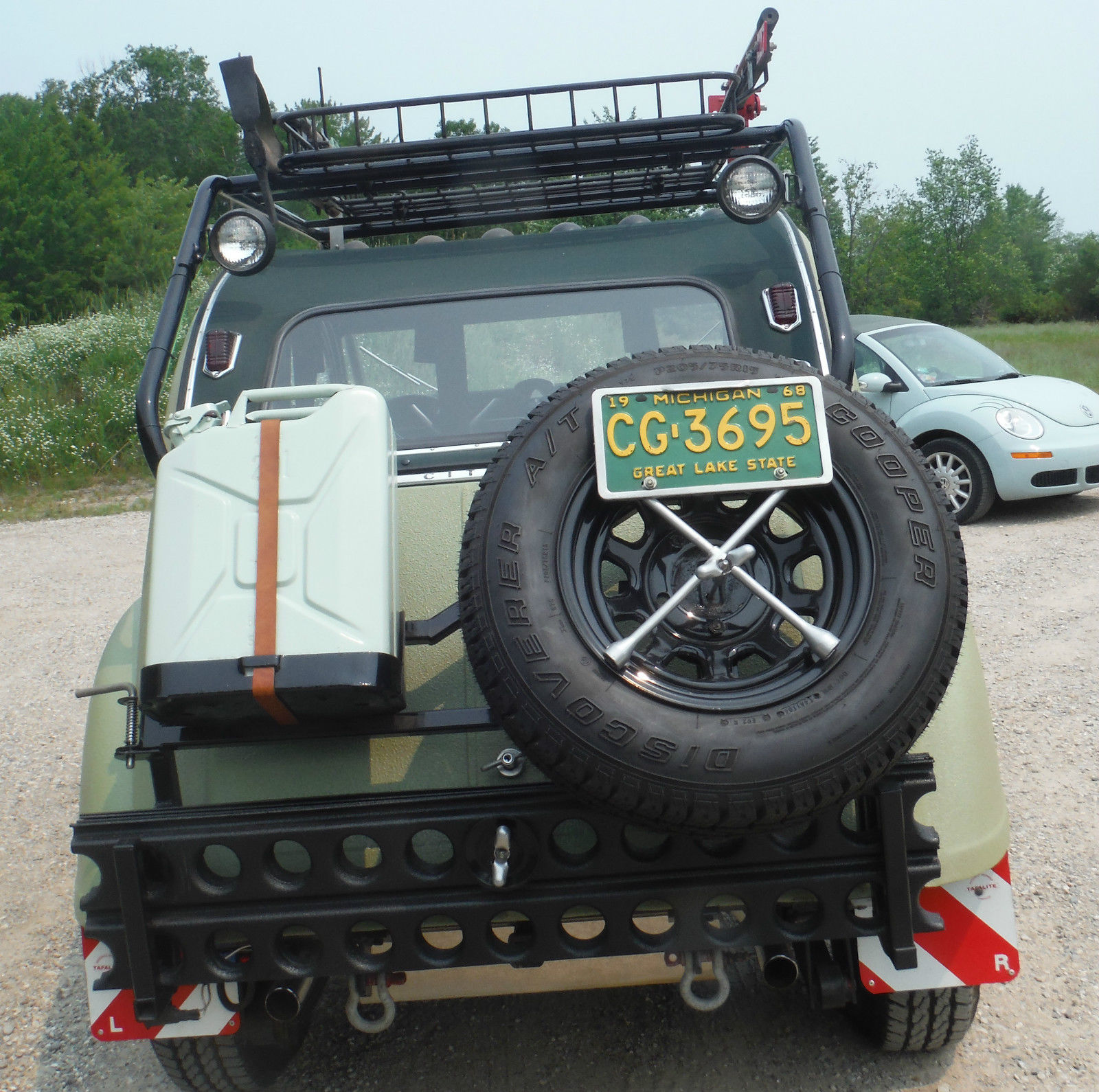 Daily Turismo: Le Sami: 1968 Citroen 2CV, Suzuki Frame and SBC