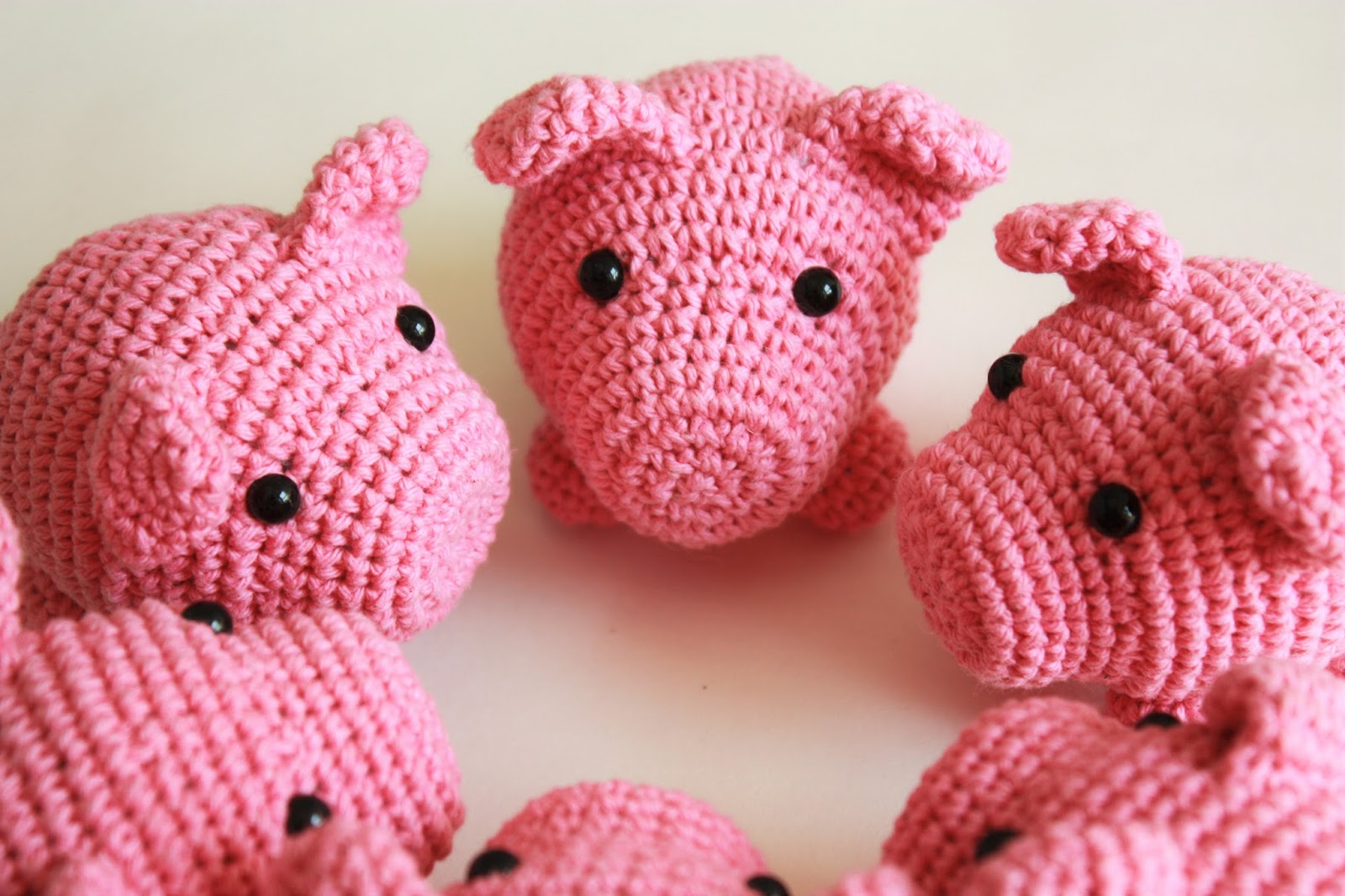 HAPPYAMIGURUMI: New Amigurumi Pattern : Little Pig PDF ...