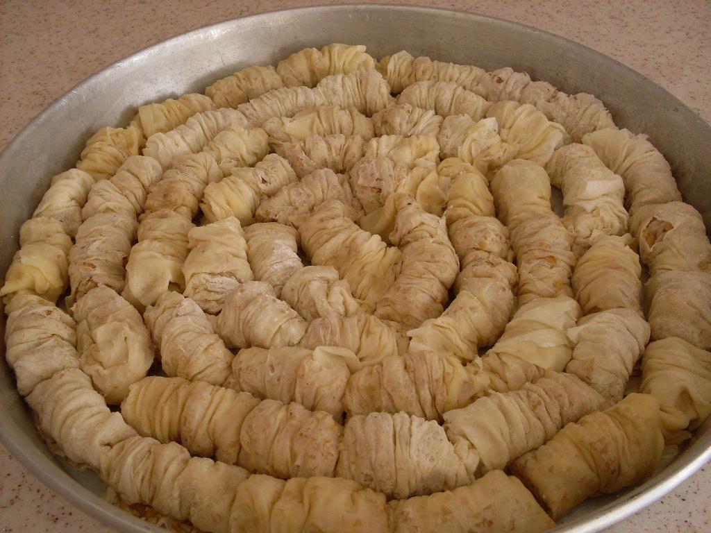 Cevizli Minik Burma Baklava