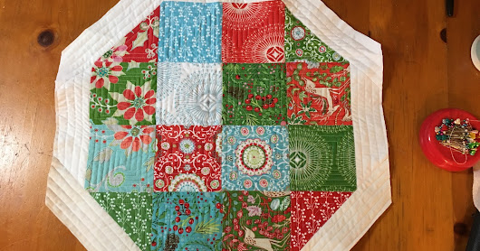 Quilting: Christmas Tree Skirt