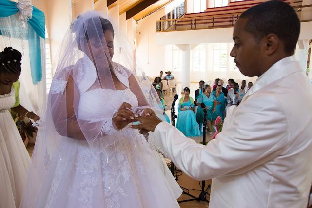 mariage-Guadeloupe-Vieux Habitants-Basse-Terre-bague au doigt