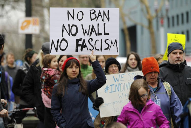 Trump travel ban: US judge blocks new executive order