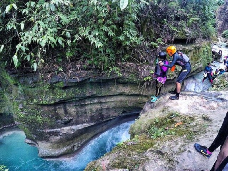 Canyoneering in South Cebu | The first jump is always the scariest. Well, every single jump was scary to me because I am acrophobic. Just a head of heights though.