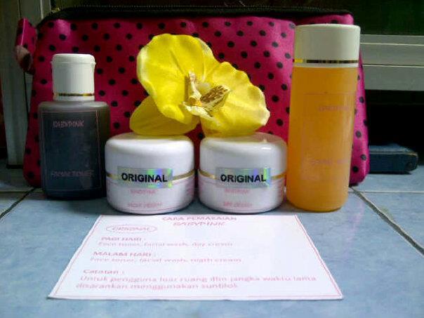Cara Pemakaian Cream Beauty Rossa Paket Jerawat  Paling Ampuh