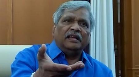 दिग्विजय सिंह आएं, मुझसे बहस कर लें: प्रभात झा | MP NEWS