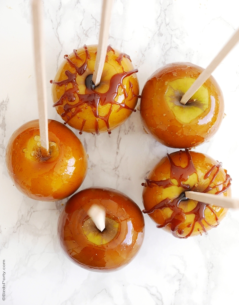 Crunchy Toffee Caramel Apples Video Recipe | BirdsParty.com
