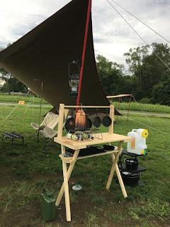 キャンプ,タープとキッチン