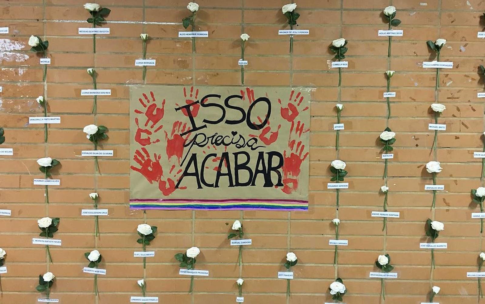Mural na UnB de rosas brancas lembram 80 mortes de pessoas LGBT só este ano
