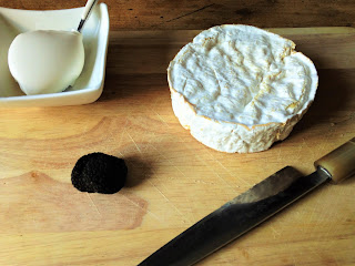 camembert truffé, fromage truffe, recette fromage truffe, la laiterie de paris, fromagerie paris, blog fromage, blog fromage maison, faire du fromage, voyage fromage, tour du monde fromage, arome truffe, pierre coulon