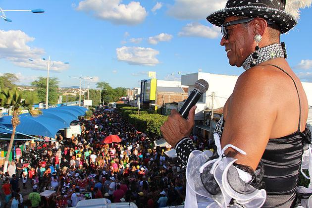 Carnaval 2019 em Delmiro Gouveia: Está lançado o edital para concessão de patrocínio aos blocos e escolas de samba do município