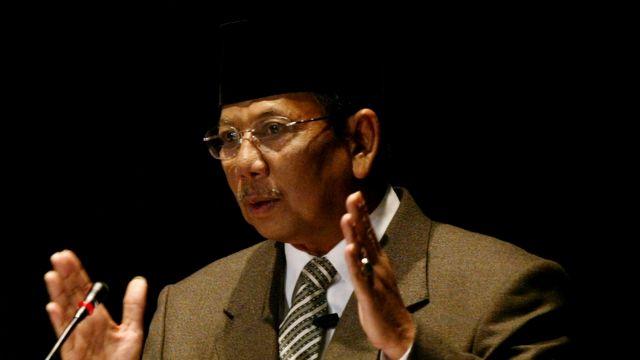 Tulisan Terakhir Kyai Hasyim Muzadi: Menghitung Kekurangan