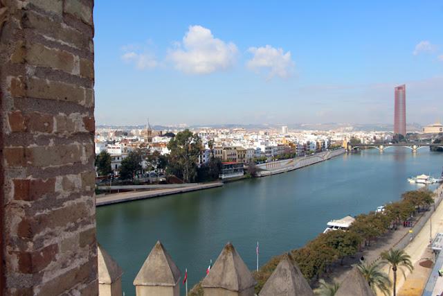 Torre del Oro: Ausblick auf den Rio Guadalquivir