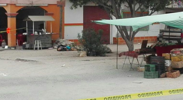 VIDEO: Enfrentamiento entre sicarios deja un hombre ejecutado y una menor lesionada.