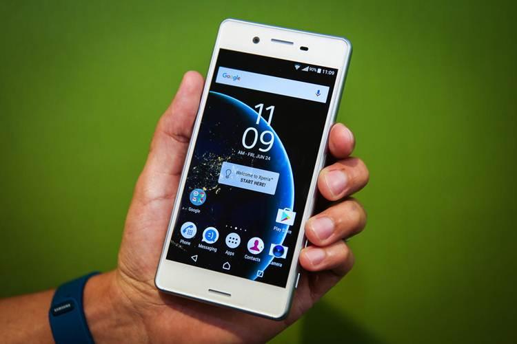 Gambar produk yang ditampilkan mungkin saja berbeda warna Spesifikasi Sony Xperia X Performance