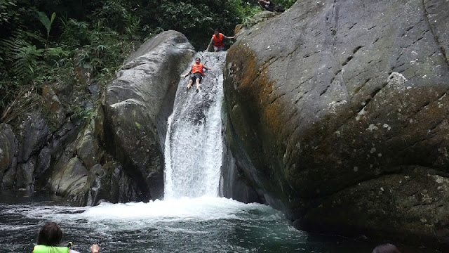 Cua Tu Waterfall - thrilling stream in Thai Nguyen province 2
