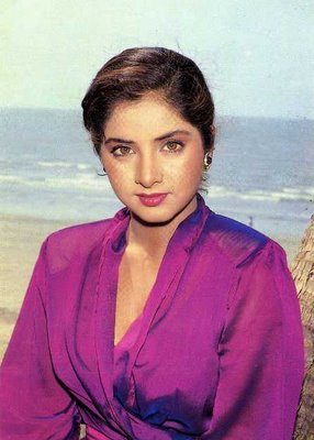 Mega 1000 Pictures Collection Of Divya Bharti