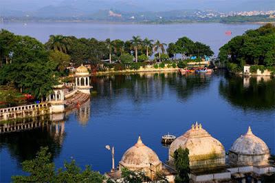 Dudh Talai, Dudh Talai Pond, Dudh Talai Garden, MLV Sunset Point Dudh Talai, Heritage Sites in Udaipur, Heritage of India, Udaipur Tourist Attractions, Udaipur Tourism, Udaipur Tourist Information, Visit Udaipur, Places To Visit in Udaipur, Udaipur Tourist Guide
