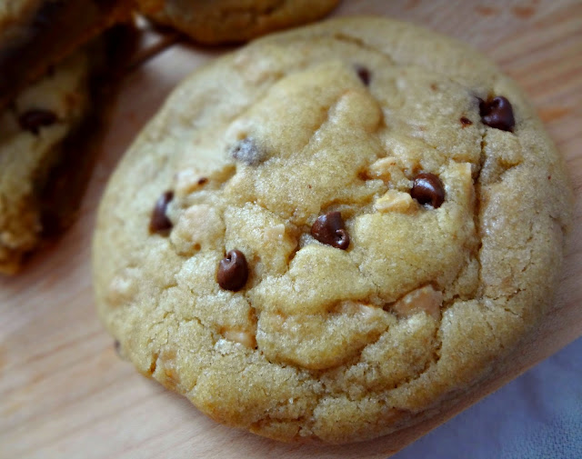 Brown Butter Chocolate Stuffed Toffee Chip Cookies