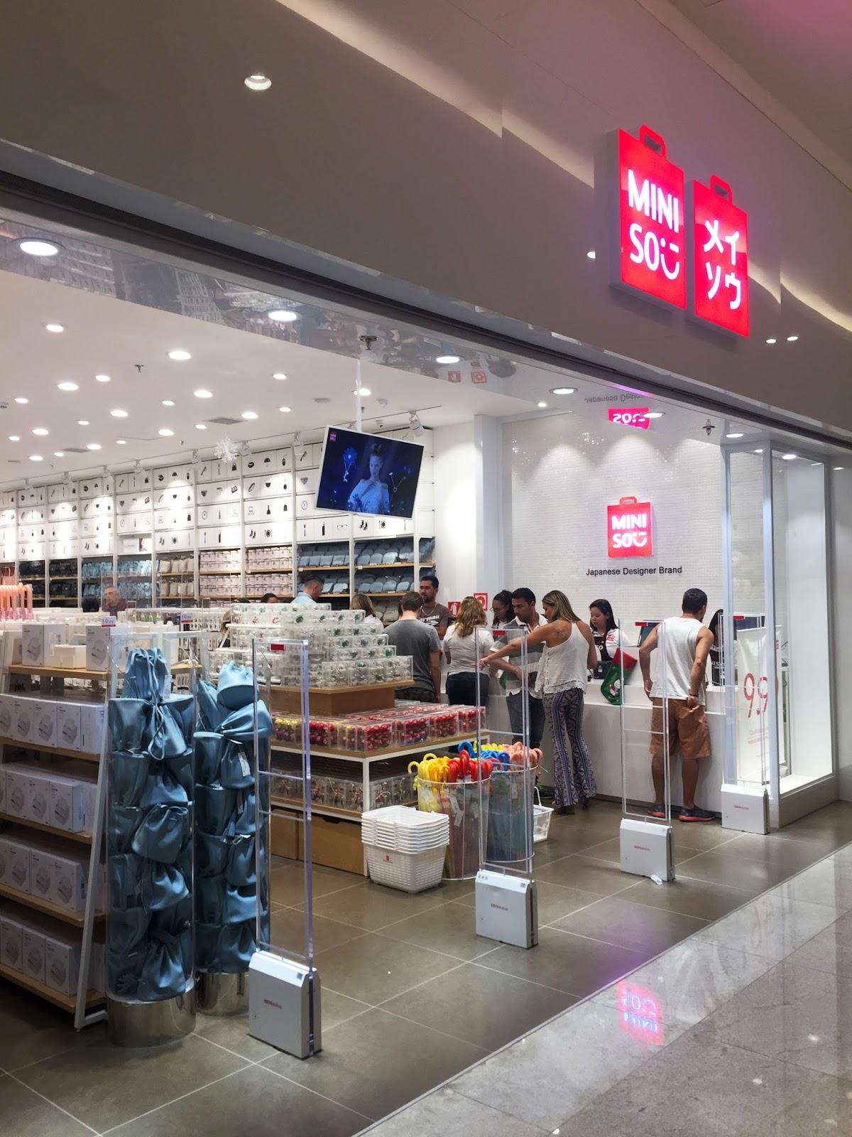"""51d7ce7e42 """"A Miniso é um sucesso por onde passa. Recebemos a nova loja celebrando um  ano de importantes inaugurações no local"""