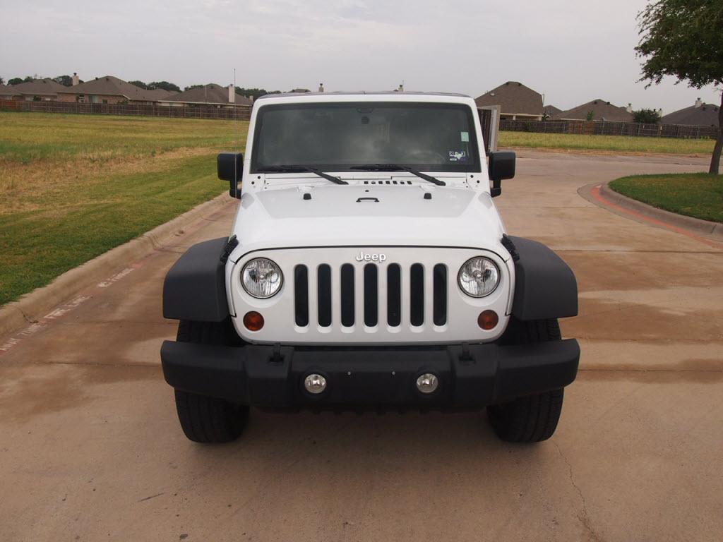 White 2011 Jeep Wrangler Unlimited Sport Suv 4x4 Power Windows Locks