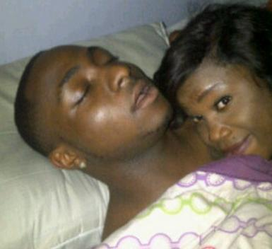 davido lady bed photo
