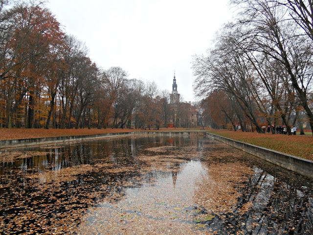 Pałac w Chocianowie od strony dawnego parku i zbiornika wodnego.