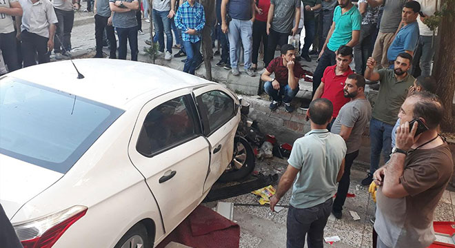 Diyarbakır Diclekent Bulvarında trafik kazası: 8 yaralı