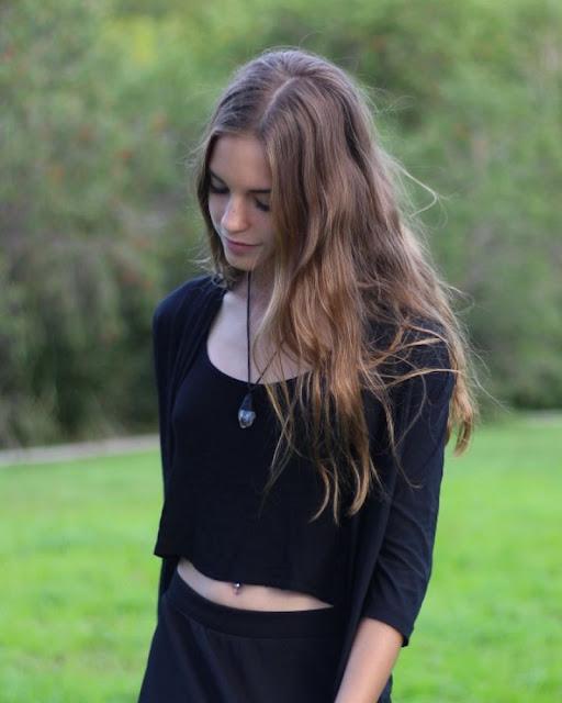 Emily Feld – Social Media Pictures