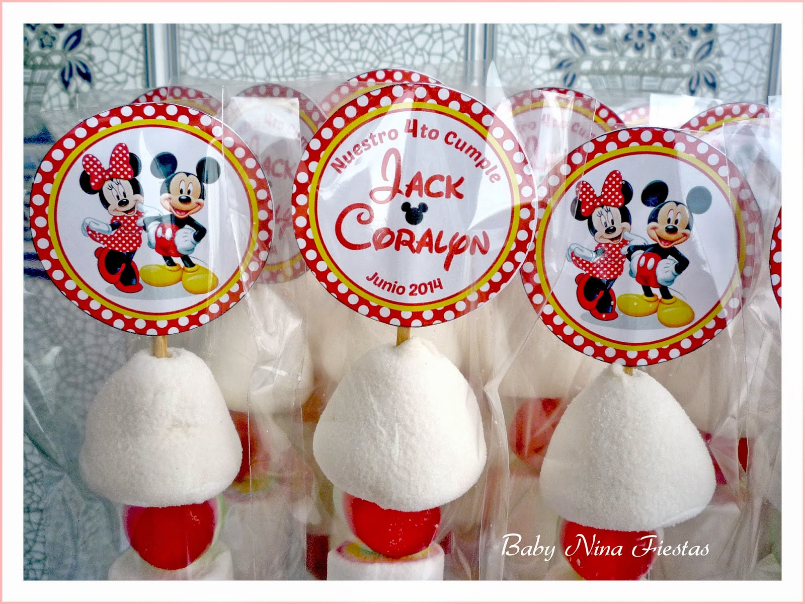 Brochetas minnie and mickey mouse