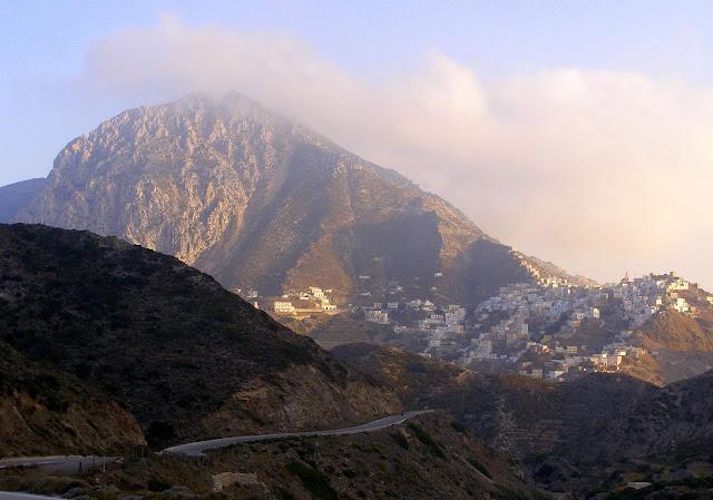 Karpathos - Foto di Di Humdye di Wikipedia in inglese - John P Haskell (Opera propria) [Public domain], attraverso Wikimedia Commons  -