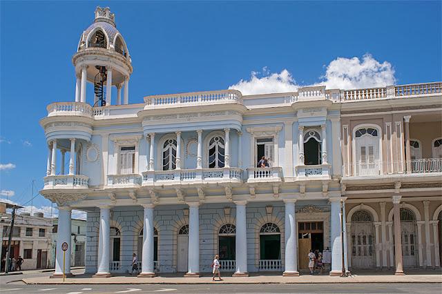 L'extérieur du Palacio de Ferrer