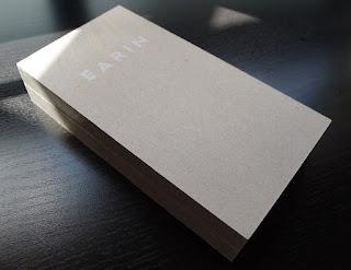 Earin box