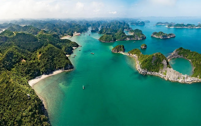 Discover a hidden bay in Vietnam before the hordes arrive