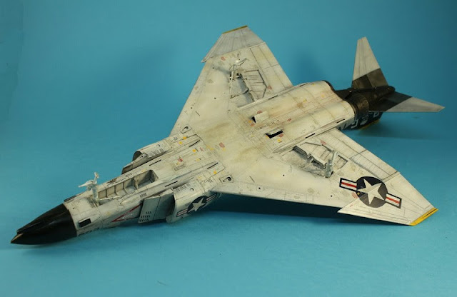 F-4B Phantom II,Eduard 1/48, le jus.