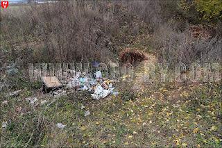 Раскопки глины и свалка мусора у ДОТ №9 Слуцкого УР