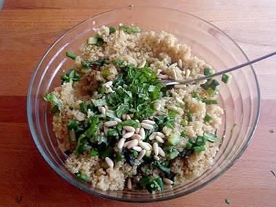 Insalata di quinoa con asparagi e zucchine 5