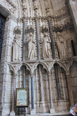 Esculturas de la puerta del Reloj