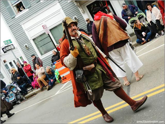 Piratas en el Desfile de Acción de Gracias en Plymouth, Massachusetts
