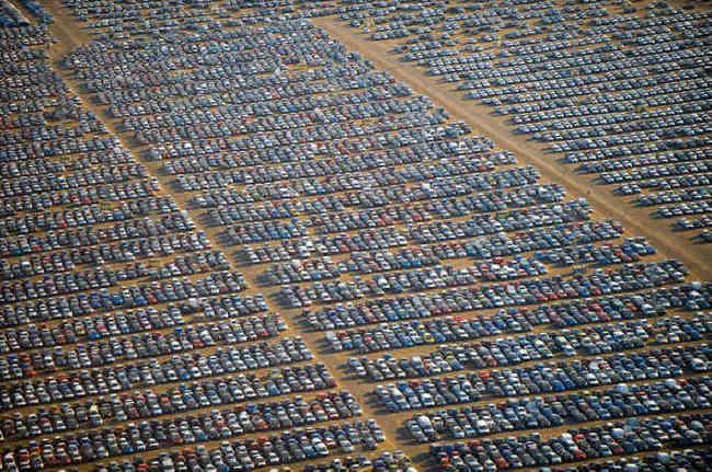 "Descubre por que a Volkswagen mantém imensos ""cemitérios"" de veículos"