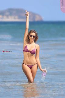 Sarah-Harris-in-Bikini-503+%7E+SexyCelebs.in+Bikini+Exclusive+Galleries.jpg