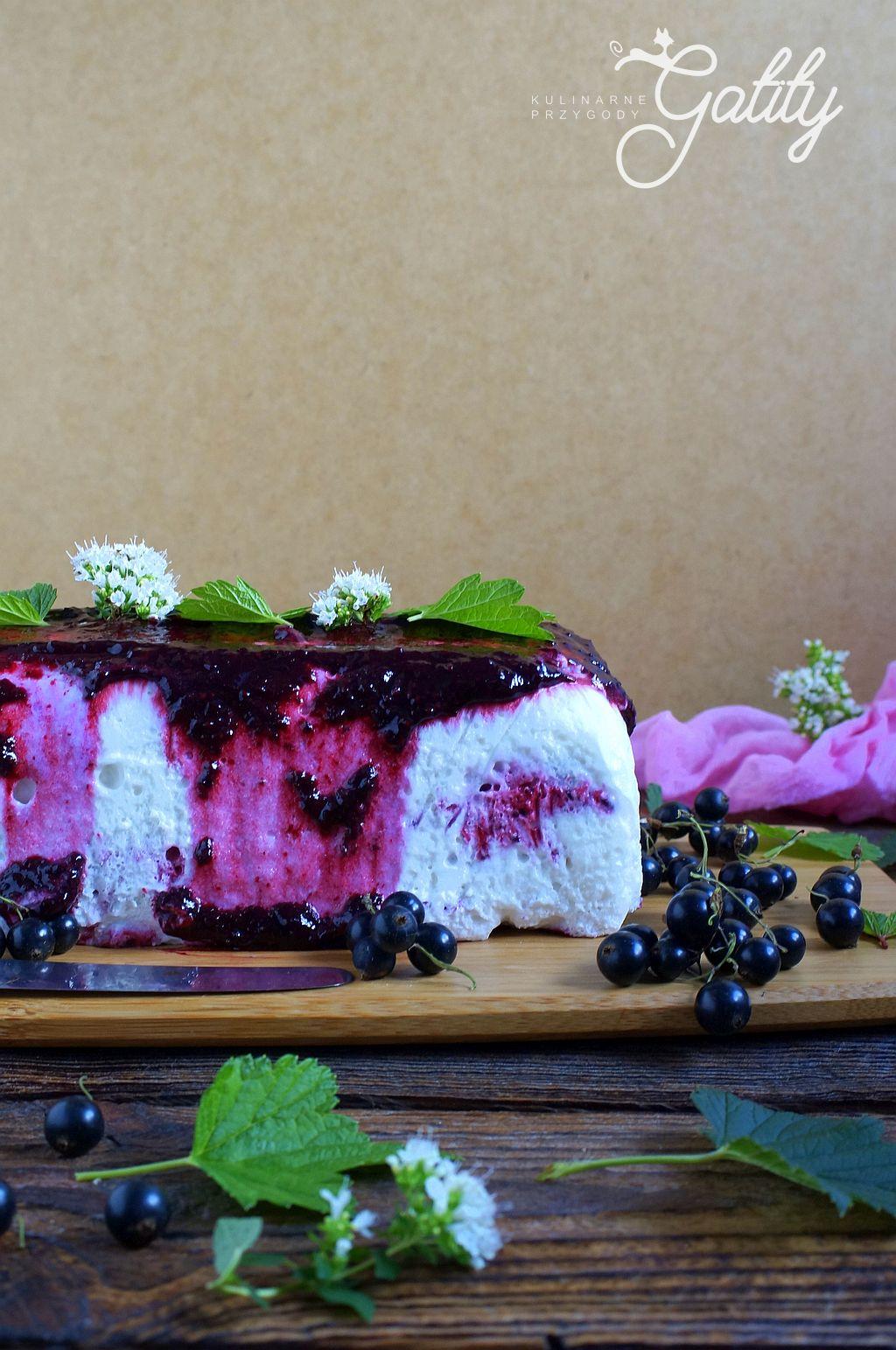 deser-lodowy-z-owocami