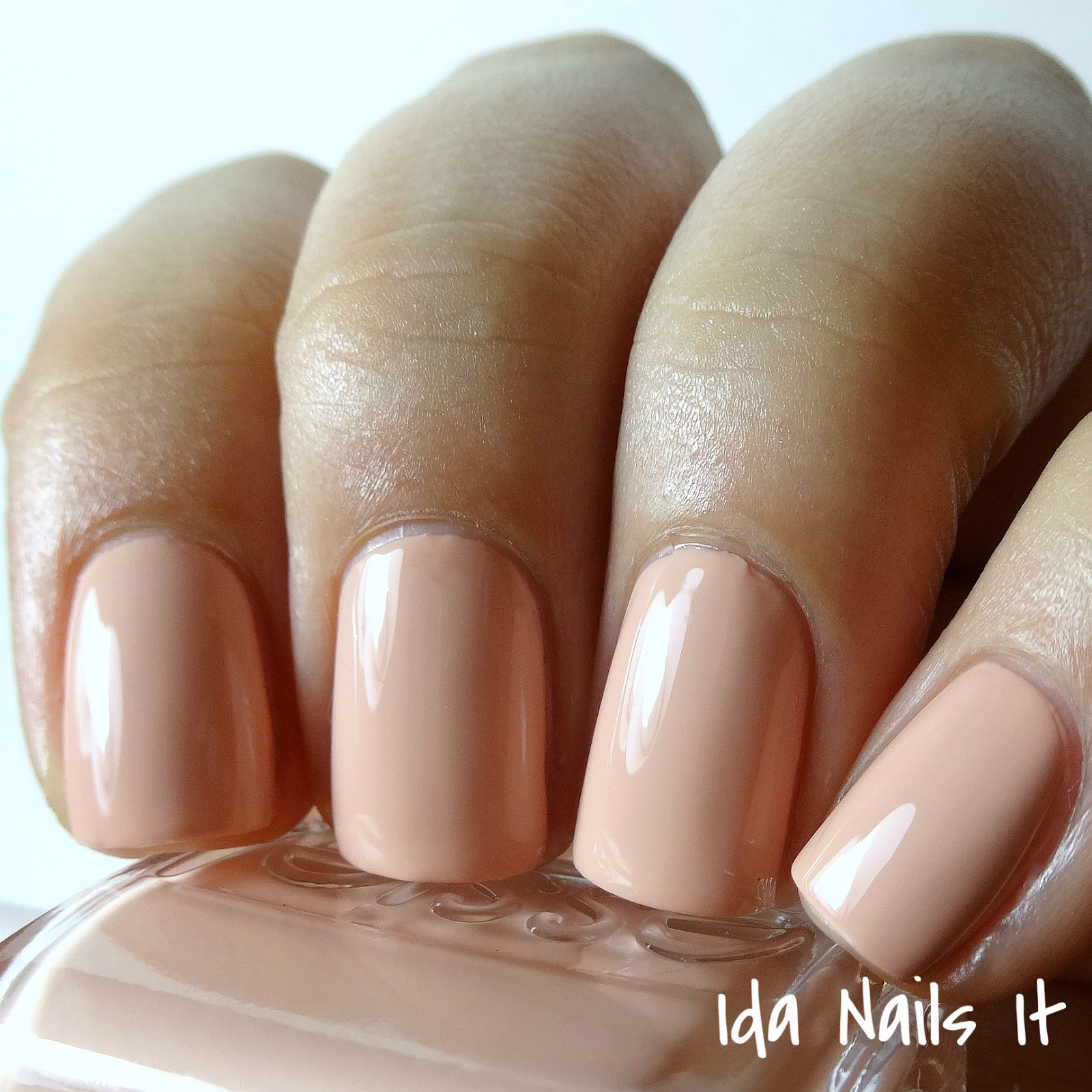 Ida Nails It: Essie Spring 2016 Swatch Sunday
