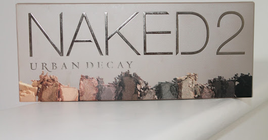 URBAN DECAY NAKED 2 EYESHADOW PALETTE REVIEW