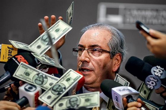 Sentou e rodou bonito! Sérgio Moro condena Eduardo Cunha a 15 anos de prisão