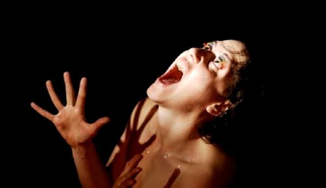 Kesurupan Menurut Dunia Medis Adalah Penyakit Bukan Mistis!