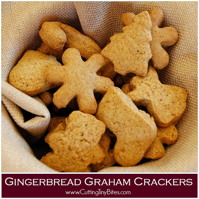 Gingerbread Graham Crackers- Healthy Christmas snack for kids. Not-too-sweet cookie that you can feel good about giving to your kids. Great for class parties!