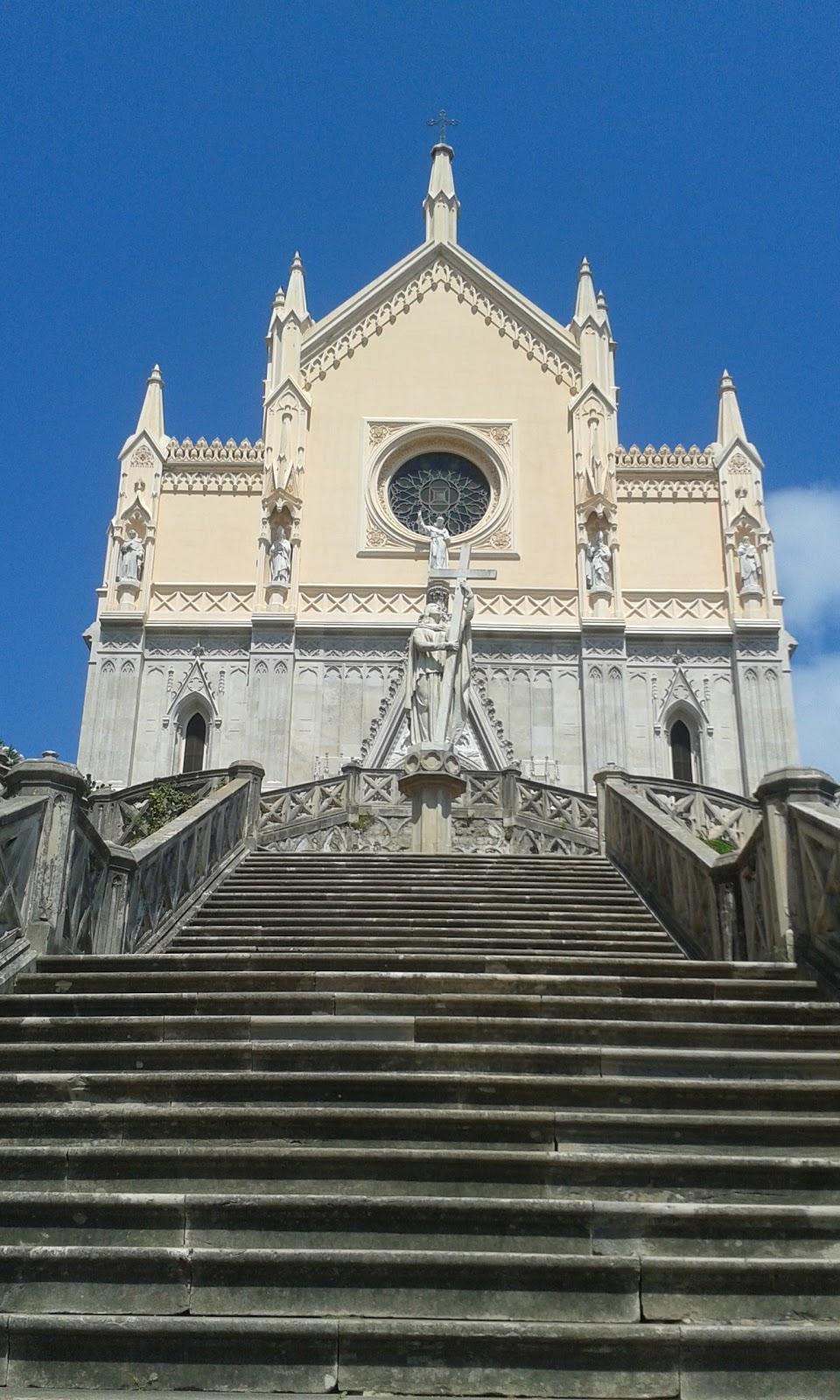 Tempio di San  Francesco la scalinata