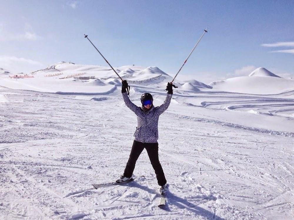 Emma Louise Layla in Sweaty Betty ski gear skiing in Austria